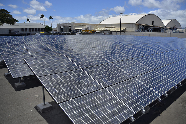 us-navy-solar-panels-hawaii