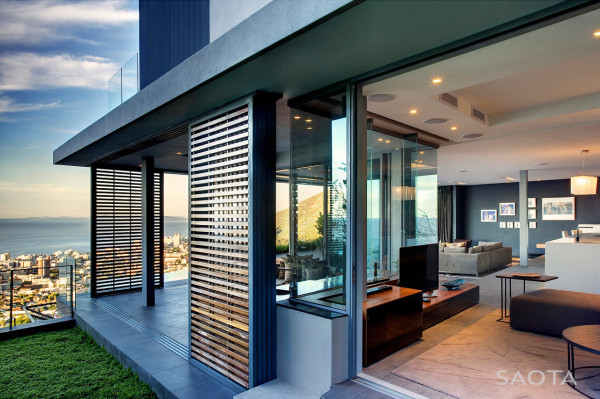 SAOTA-exterior sliding screens