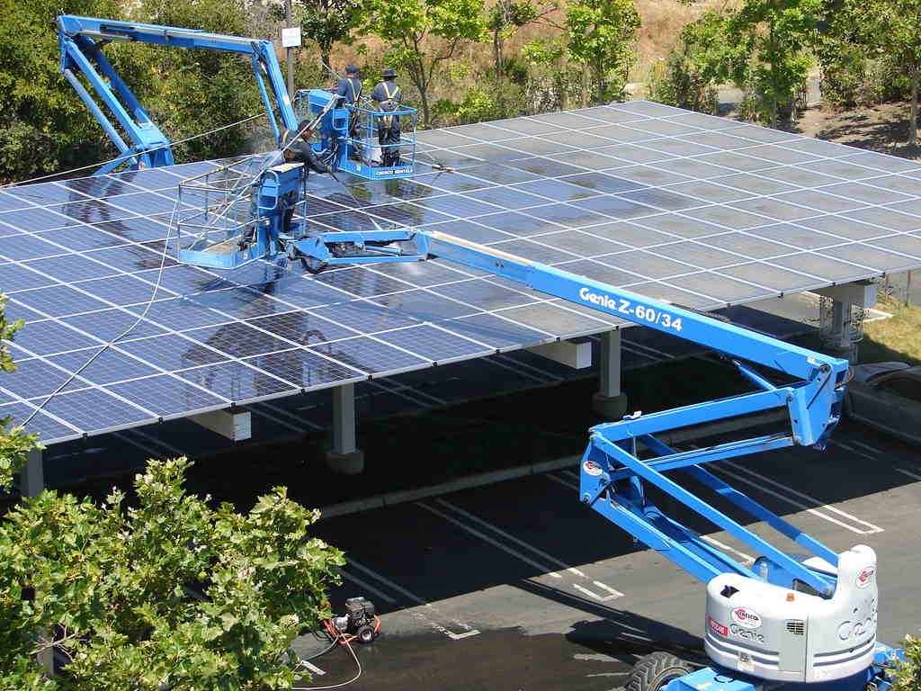 The Complete Guide To Solar Panel Cleaning Understand Solar