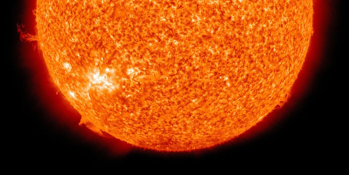 how-much-power-does-the-sun-produce