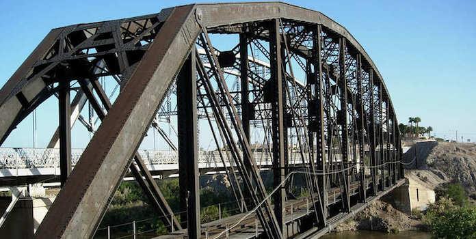yuma-bridge