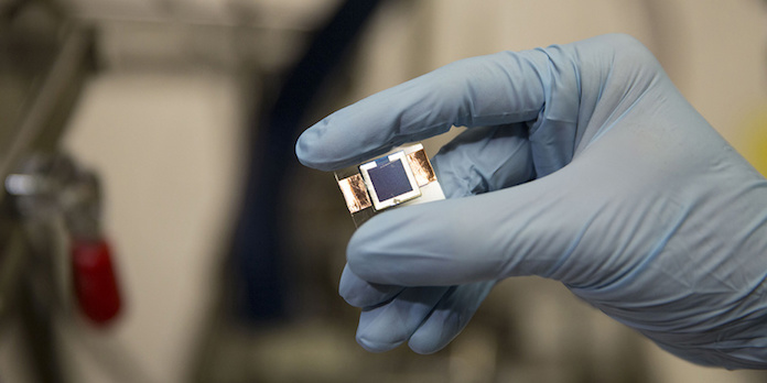 tandem-solar-cell