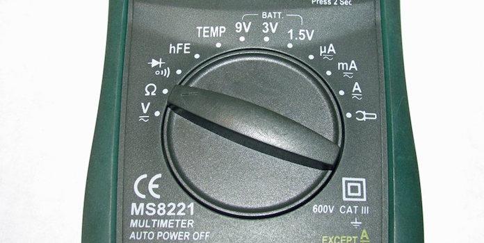energy-audit-multimeter