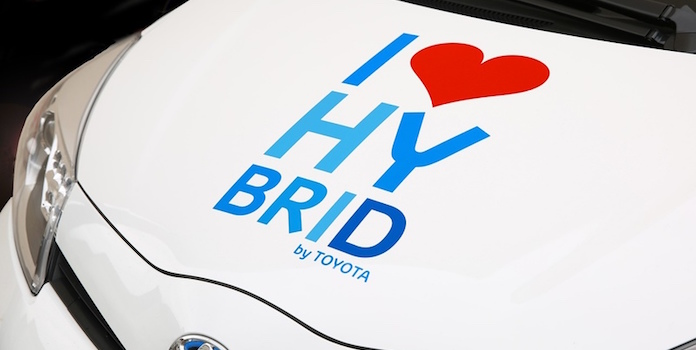 advantage and disadvantage of hybrid car